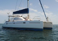 2006_leopard_40_catamaran_for