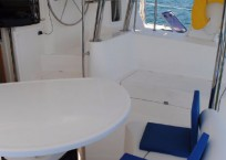 2006_leopard_40_catamaran_for-sale_cockpit-2