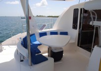 2006_leopard_40_catamaran_for-sale_cockpit