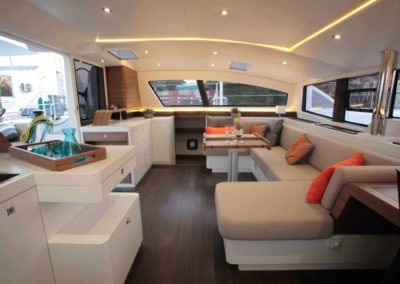outremer-5x-interior-gallery-1
