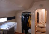 indigo_2003_lagoon-47_catamaran-for-sale_-cabin