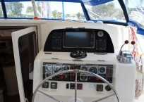 indigo_2003_lagoon-47_catamaran-for-sale_-helm