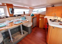 COOL CAT_Fountaine Pjot_Mahe 36_catamarans for sale_Just catamarans_just cats_galley and saloon