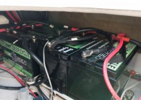 fountaine pajot battery