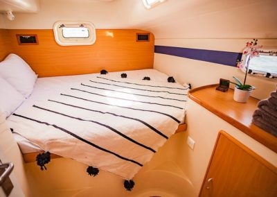 CALYPSO_Leopard 42_catamaran for sale_justcatamarans_cabin 2