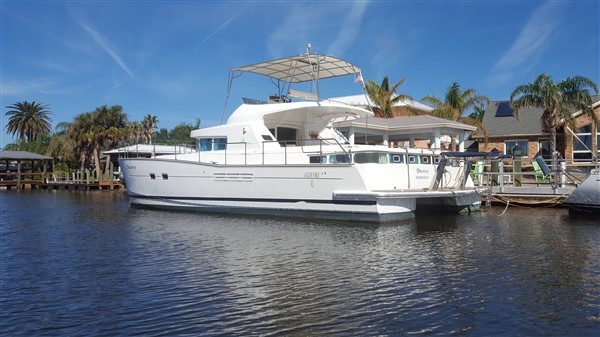 Lagoon 43 Power Catamaran