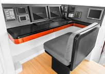 Extreme h2o gunboat catamaran desk