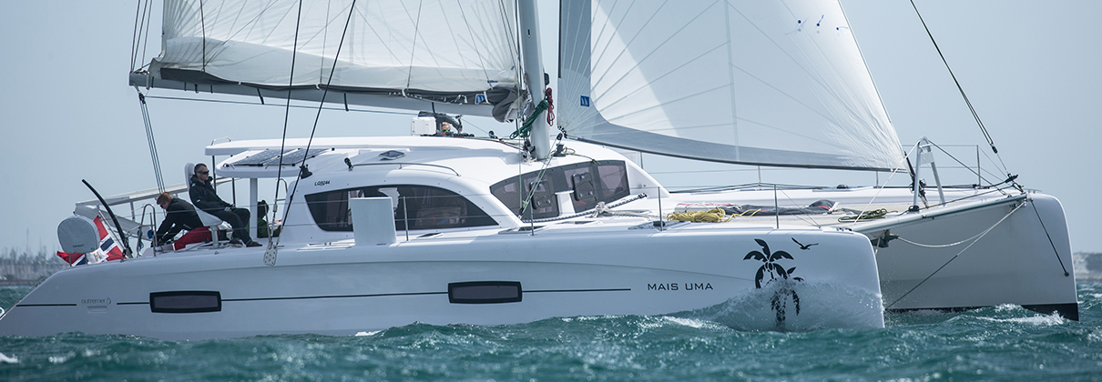 Why Daggerboards Make Sense over a Fixed Keel | JUST CATAMARANS