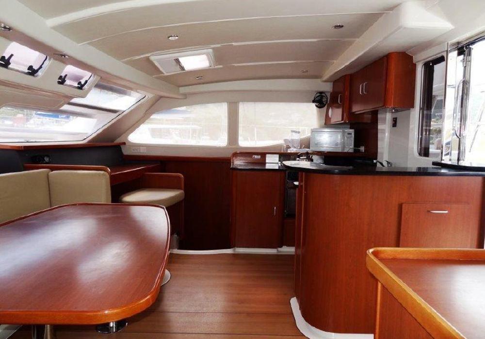 Leopard 46 Catamaran Saloon