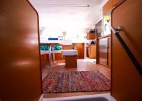 Lagoon Catamaran salon
