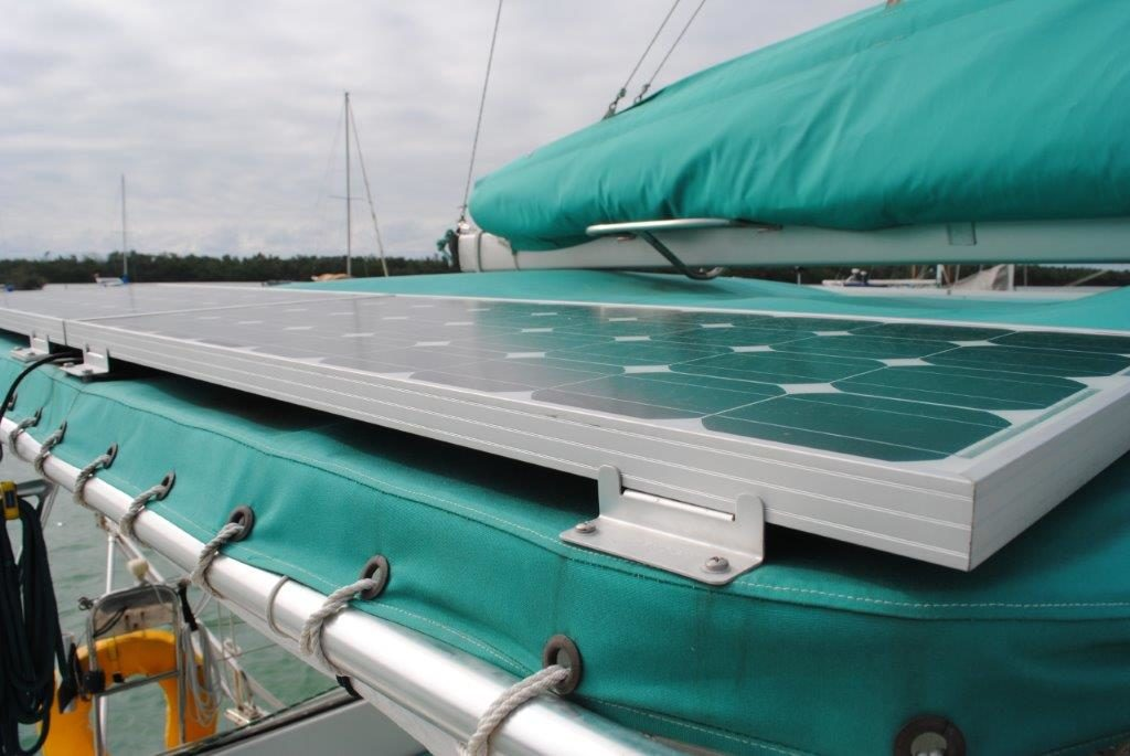 Lagoon 37 Catamaran - SOL Y MAR solar panels