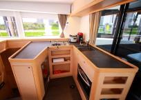 Lagoon 42 Catamaran TANGLED SHEETS salon