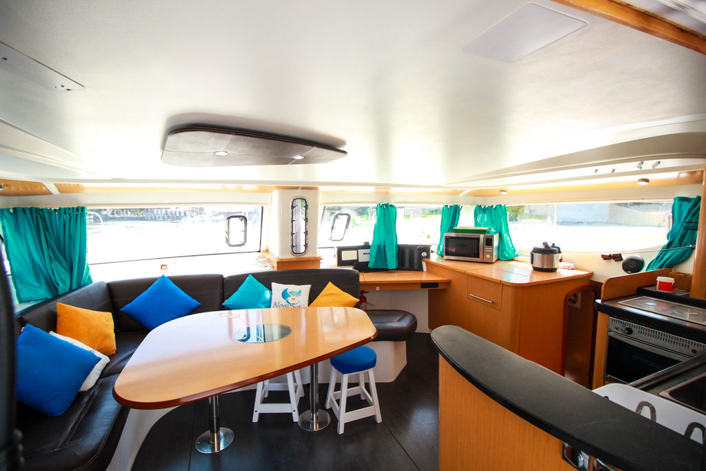 Fountaine Pajot Catamaran NOVA SATUS salon