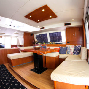 Leopard 58 Catamaran AQUA BOB salon