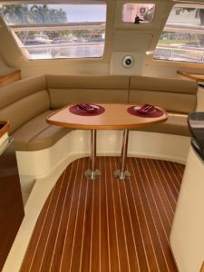 Leopard 40 Catamaran salon