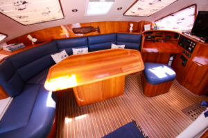 Privilege 42 Catamaran TELLY PENGUIN for sale