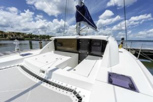 Leopard 40 Catamaran NEW FORTUNE bow