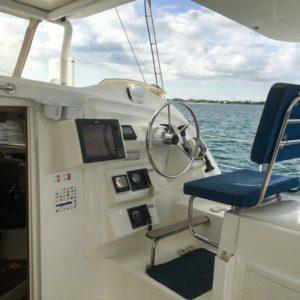 Dolphin 460 Catamaran MORRIGAN helm