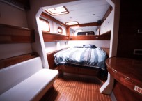 2006 Sunreef 62 Catamaran cabin