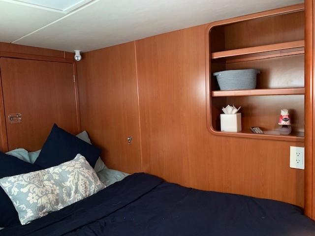 2010 Leopard 46 Owners Version Catamaran SNOOPIN AROUND cabin sold