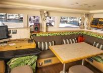 Lagoon 450F Catamaran salon