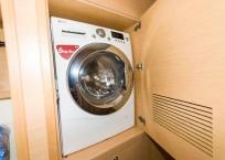 Lagoon 450F Catamaran washer dryer