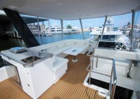 Leopard 43 Power Catamaran flybridge
