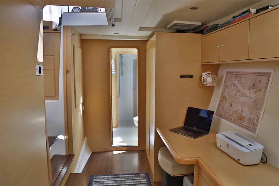 2012 Lagoon 400 Catamaran MANA KAI