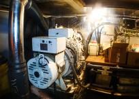 1981 Marine Trader Pilothouse 49 engine