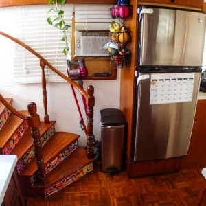1981 Marine Trader Pilothouse 49 stairs