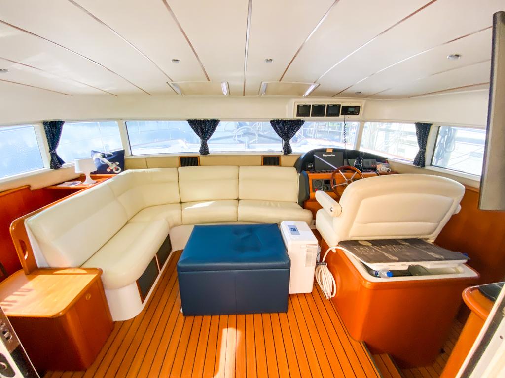 2003 Lagoon 43 Power Catamaran-BLUE MOON salon