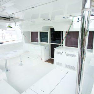 2019-Lagoon-450-F-Catamaran- cockpit