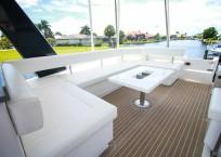 2020 Leopard 43 Power Catamaran LADY MARGARET seating