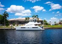 2020 Leopard 43 Power Catamaran LADY MARGARET profile