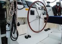 2008 Lagoon 420 Catamaran for sale WAHOO helm station