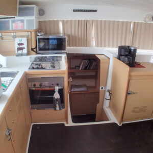 2008 Lagoon 420 Catamaran for sale WAHOO galley