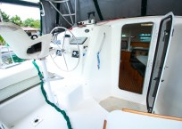 Manta 42 MKII Catamaran for sale helm