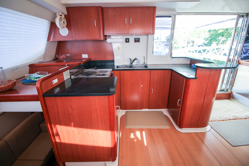 2011 Leopard 46 Catamaran DOUBLE DIAMOND galley