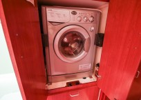 2011 Leopard 46 Catamaran DOUBLE DIAMOND washer dryer