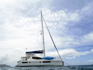2013-Leopard-48-Catamaran-KOKOMON profile