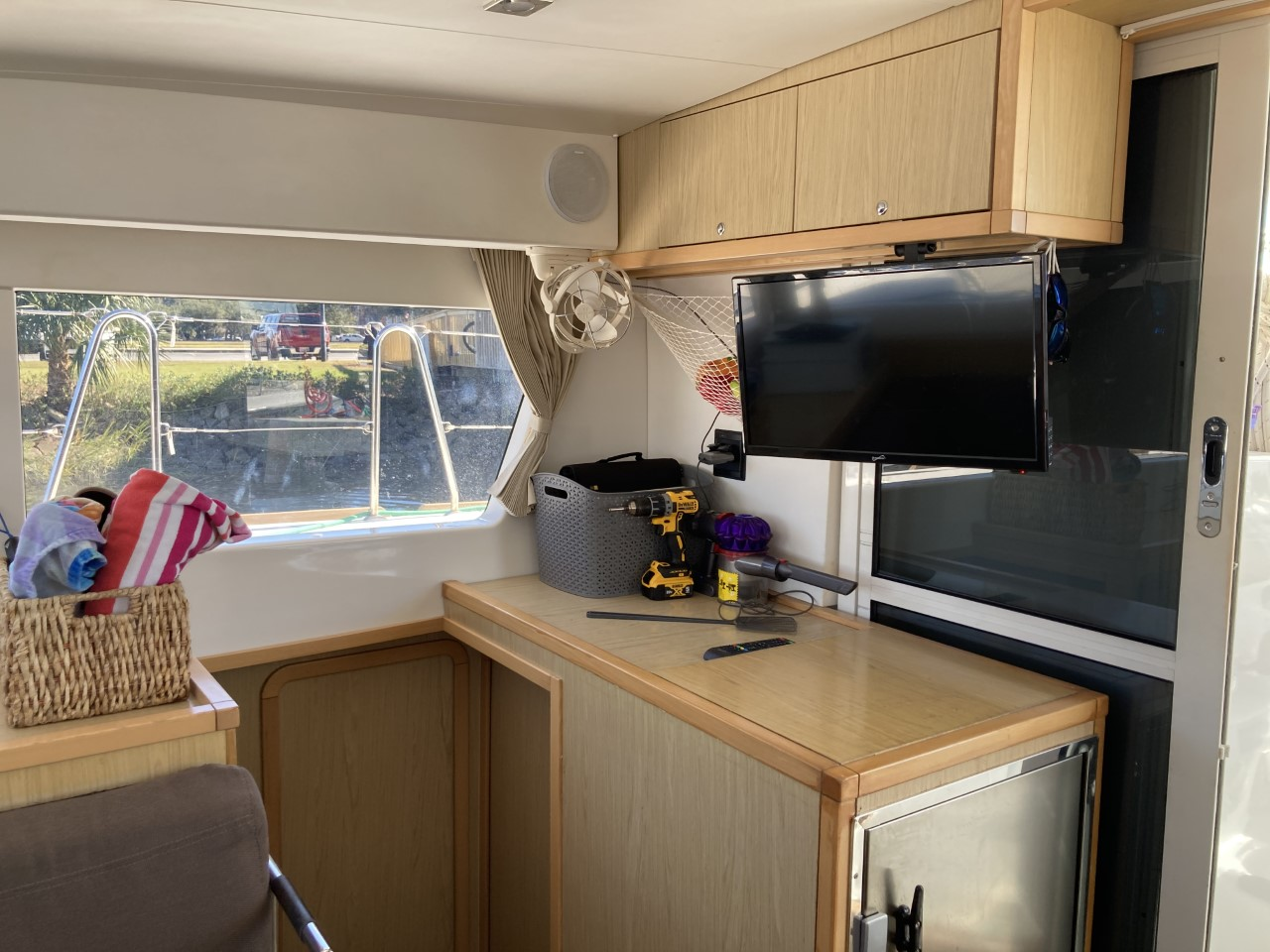 2014 lagoon 39 catamaran CARPE DIEM tv