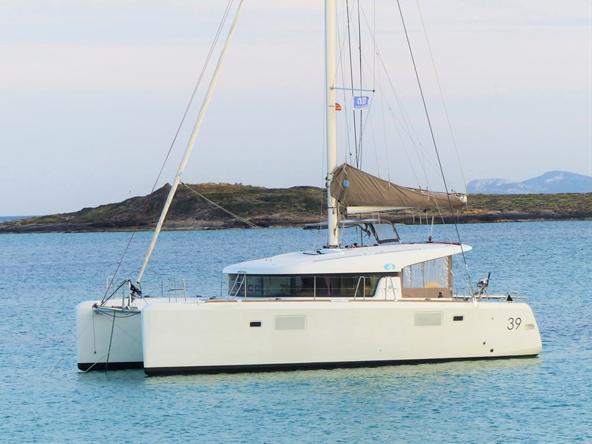 Lagoon 39 Catamaran for sale