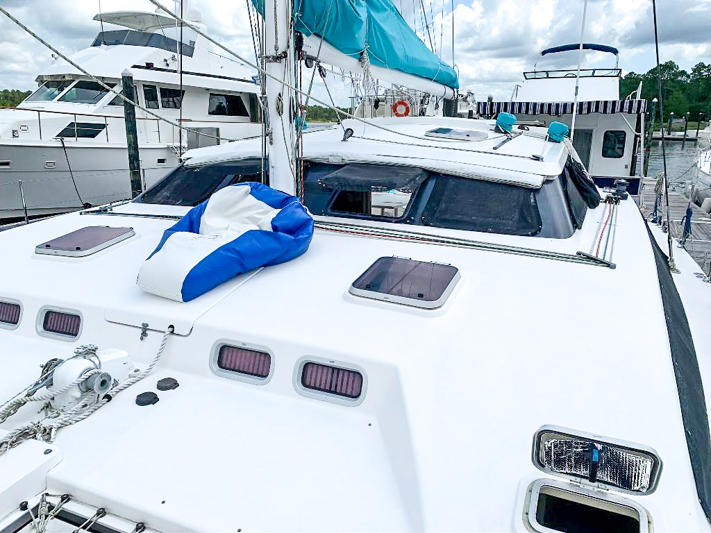 2003 Perry Passagemaker Catamaran WAVELENGTH sold