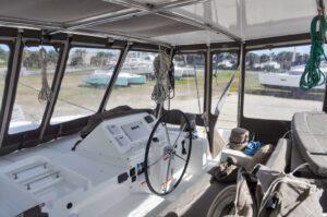 Lagoon 450 Catamaran SALTY PAWS sold