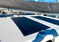 2018 Lagoon 380 Catamaran BLUE MIND solar panels