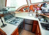 BIKINI - 1999 Privilege 465 Catamaran galley